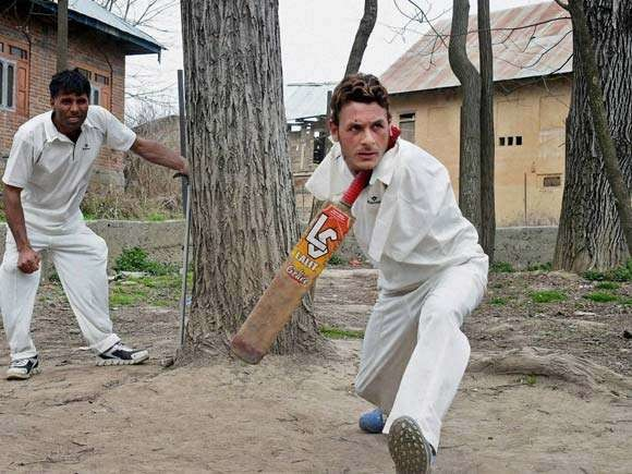STORY OF CRICKETER AAMIR OF JAMMU AND KASHMIR