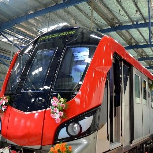 speacial features of lucknow metro