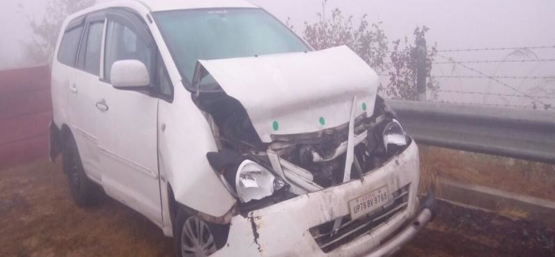two died on expressway due to fog