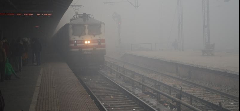 heavy fog in mathura