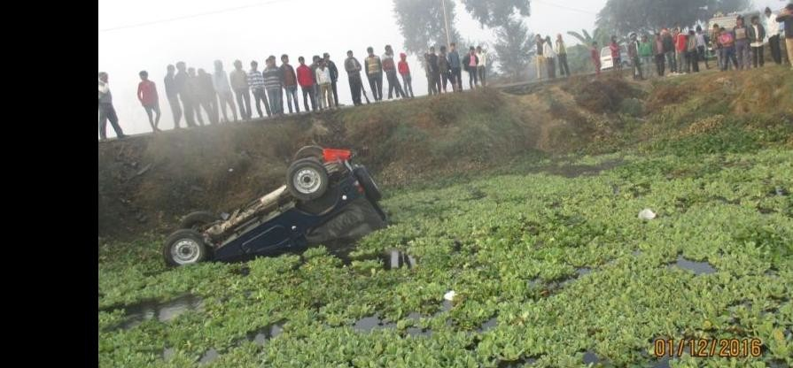 Jeep fell into the pond, and four policemen injured SO