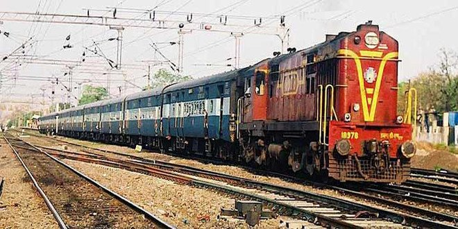 Kushinagar Express engine dumped