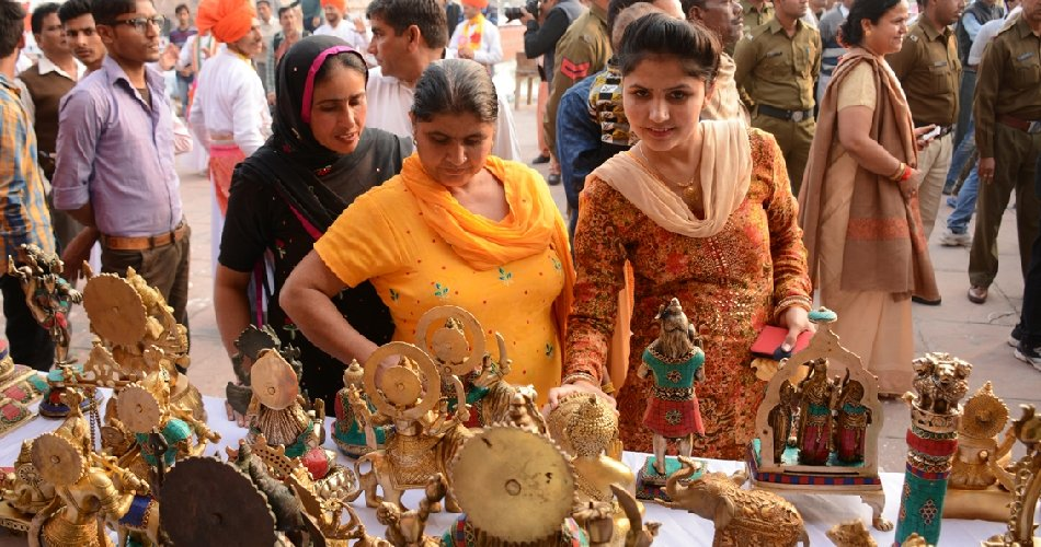 international geeta jayati fest craft mela started at brahmsarovar in kurukshetra