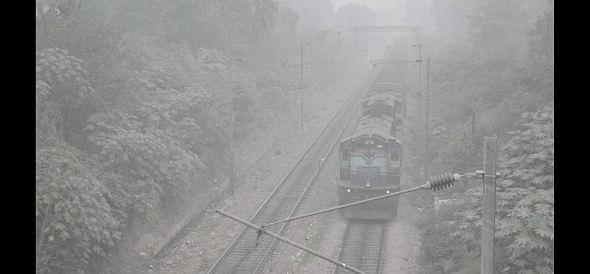 panipat, fog, train, 12, shahid, express, 21 hours, late