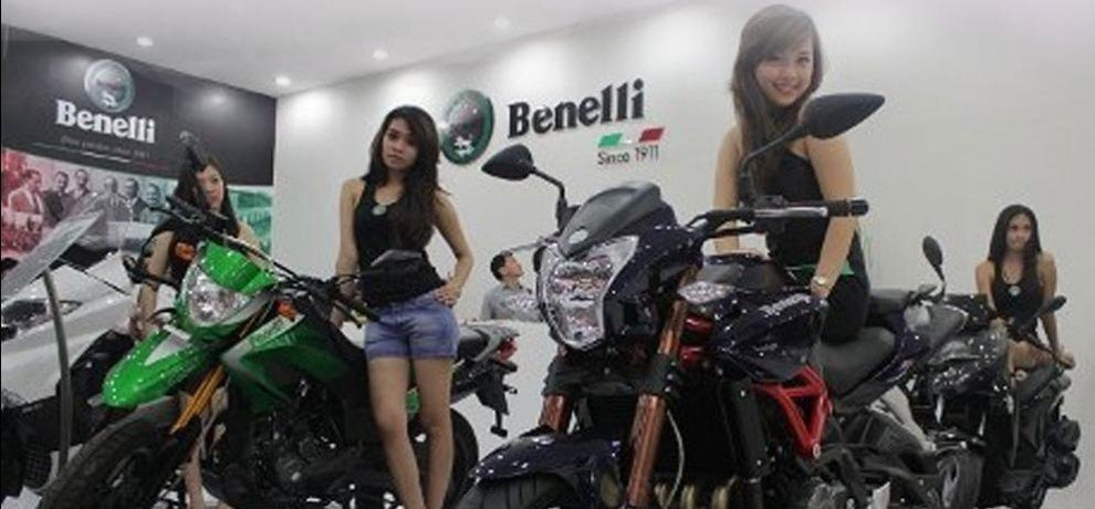 dsk benelli celebrates new sales record