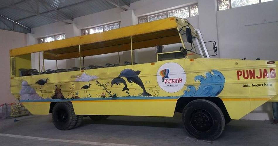 India's First Water Bus At Harike Pattan Punjab, Know Here Qualities, Route  And Fair - पानी पर दौड़ी देश की पहली बस, देखिए बस की खासियतें, रूट और  किराया - Amar Ujala