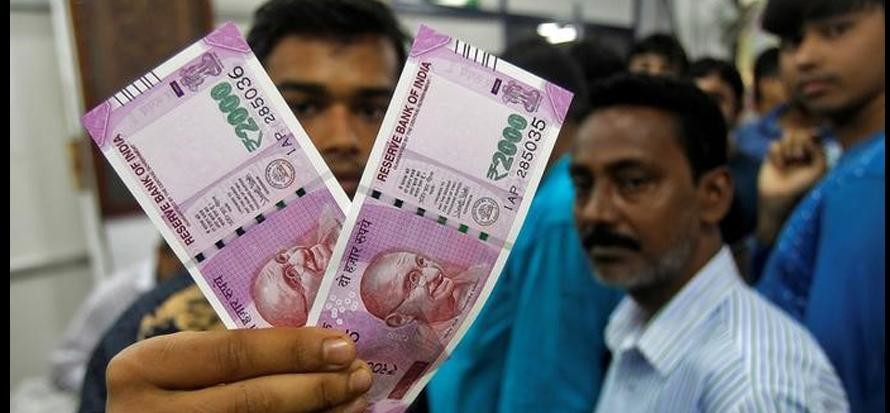 cash again becomes the king in small markets after a year of demonetisation
