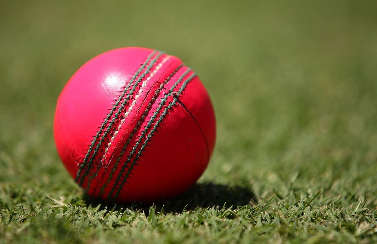 पिंक बॉल