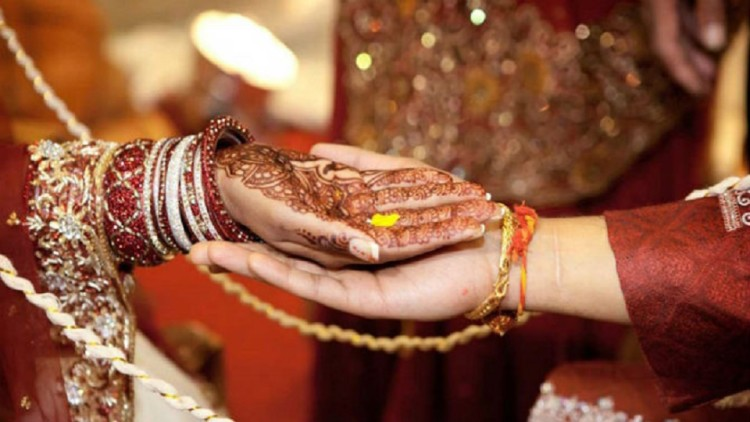 Muslims people married a Hindu girl