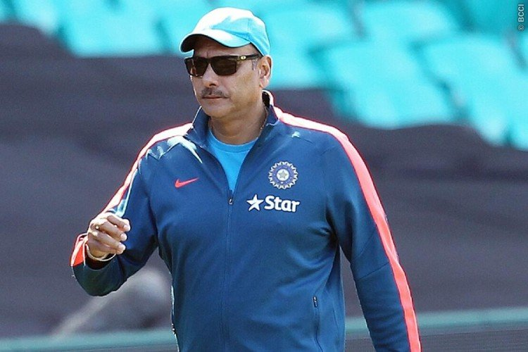 Team india chief coach Ravi Shastri said, Look at your career before commenting on Dhoni