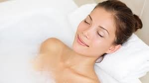 5 great advantages of a warm bath