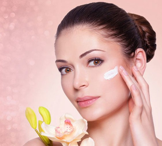 try this home made face pack and get natural glow for this festive season