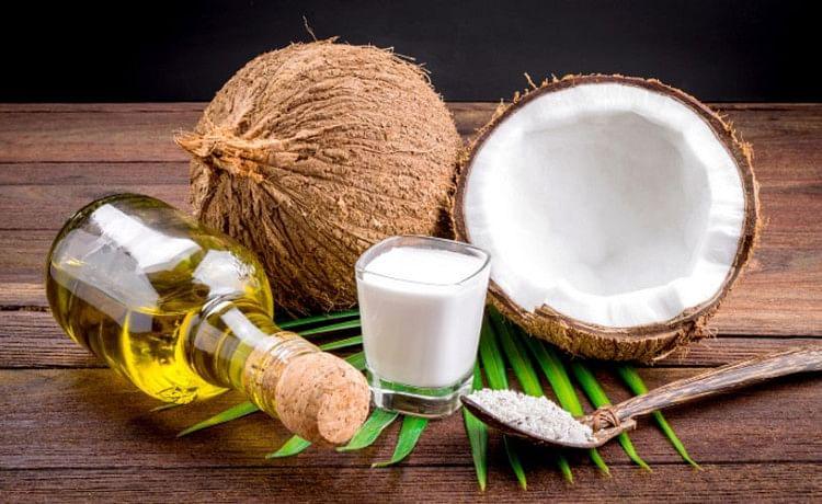 Beauty Tips Of Coconut Oil - नारियल तेल से बढ़ाएं खूबसूरती, नहीं होगा कोई  साइड इफेक्ट - Amar Ujala Hindi News Live