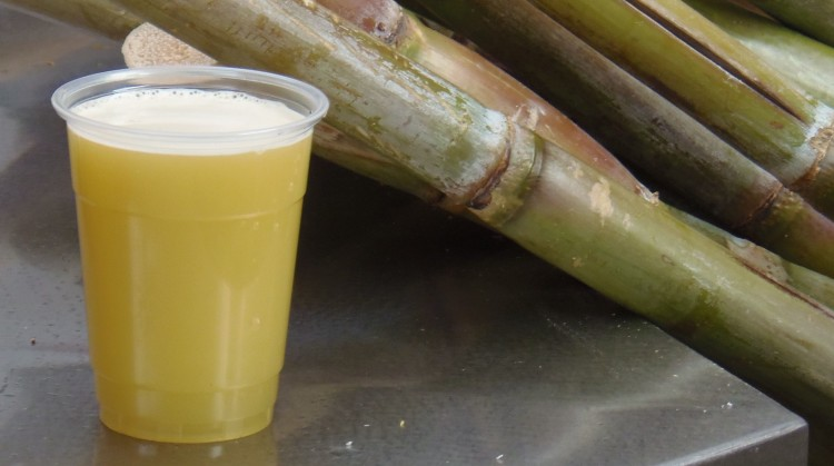 Image result for 10 रुपये का गन्ने का जूस प्यास तो बुझाता है