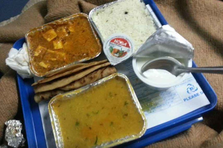 railway launches new rate card for food items, ask to complaint about overcharging