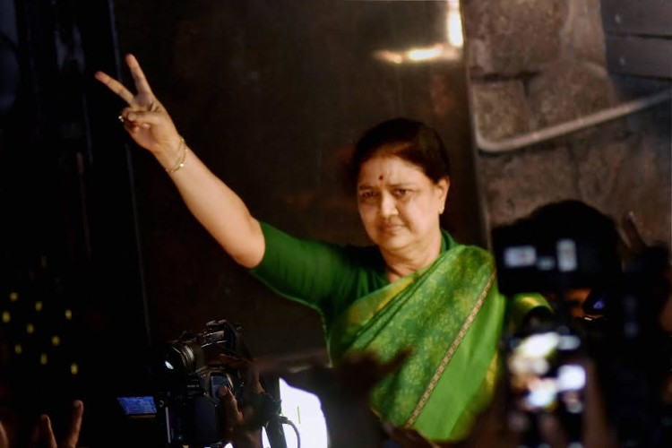 IT raids on Sasikala and her relatives recovered Undisclosed Wealth of Rs 1400 crore