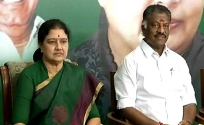 Live updates of Power struggle in Tamil Nadu