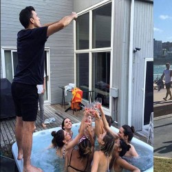 Boyfriends Go Extra Limits To Take Their's Girlfriend's Perfect Picture