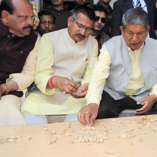 after election harish rawat spent day with public