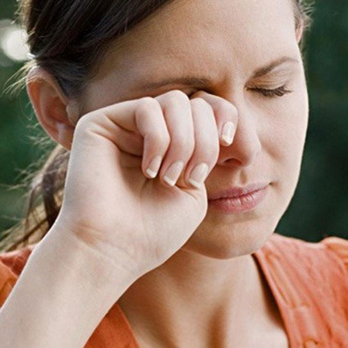 how to treat eyes itchiness