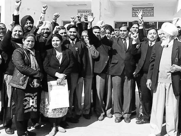 District Family Court to send case against  family, protesting lawyers, Rajpura, Patiala