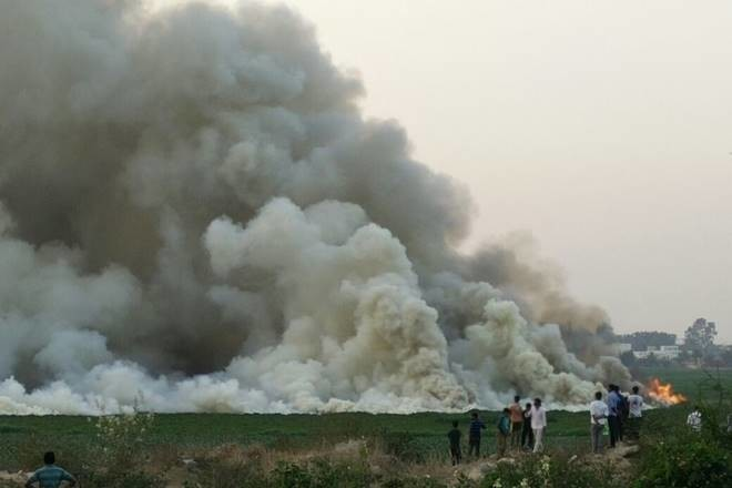 Fire in the Bellandur lake,People are disturbed
