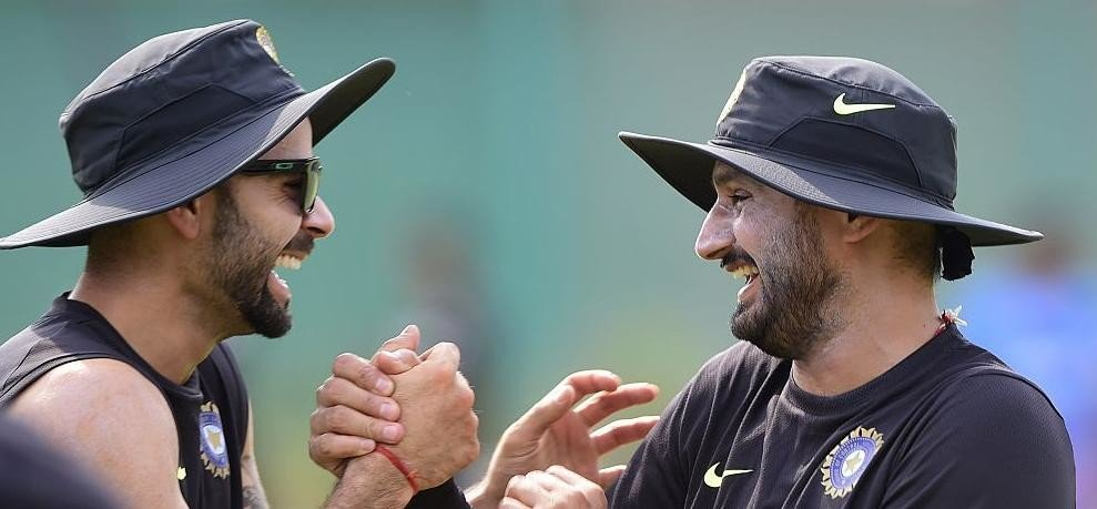 IPL 10 क्या आपने क्रिकेटर्स को गिल्ली डंडा खेलते देखा है नहीं तो देखिए - अमर उजाला