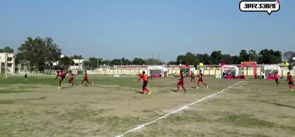 MP 11 WON FOOTBALL CHAMPIONSHIP IN AGRA
