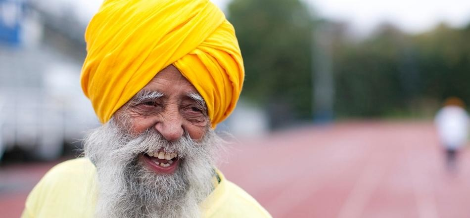 world's oldest 105 years old fauja singh long life secret, exposed in a interview at patiala