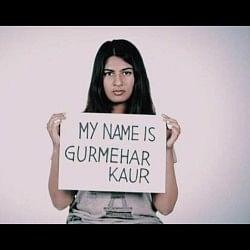 धमकियों पर बोली डीयू छात्रा, शहीद की बेटी हूं, मरने से नहीं डरती
