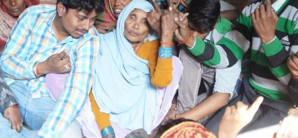 bahraich family cast vote before cremation of family head