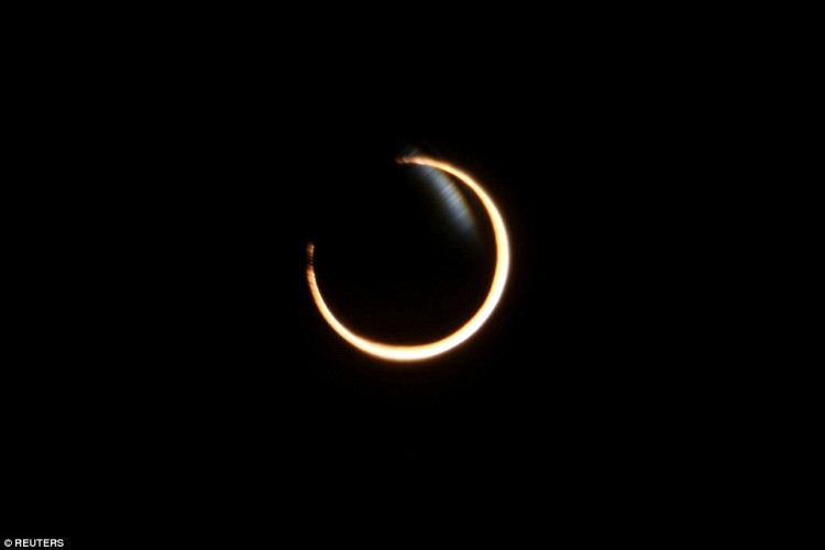 Stunning pictures of solar eclipse in Africa