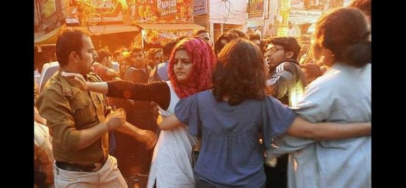 ramjas row: Students & teachers from DU and JNU to hold a march today in support of Gurmehar Kaur
