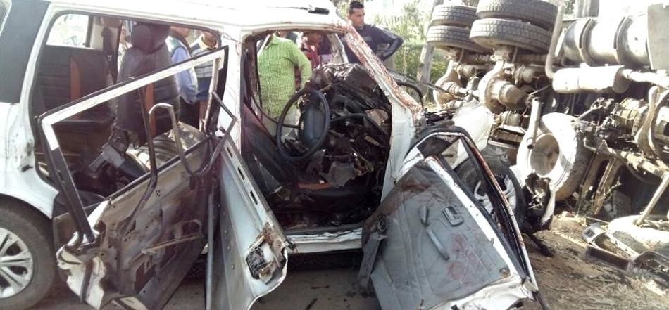 two died in road accident in saharanpur
