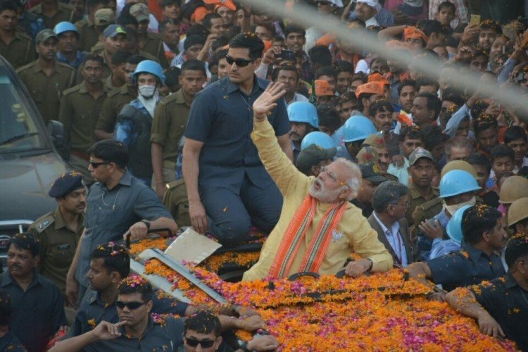pm modi road show in varanasi