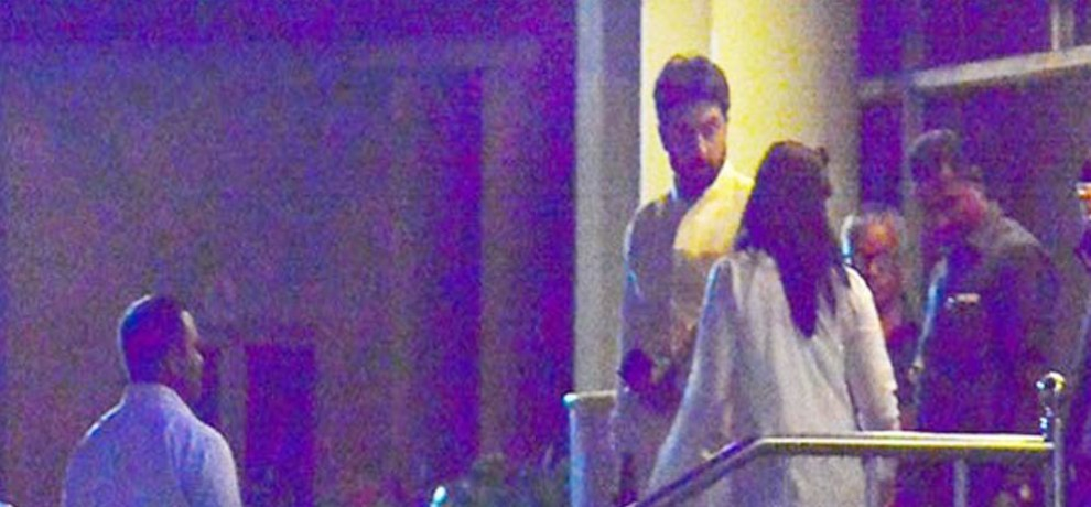 Abhishek Bachchan Aishwarya Rai's sudden visit to Lilavati Hospital at midnight, is all well ?