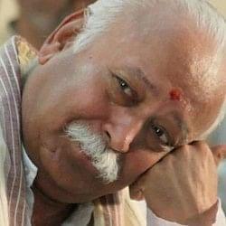 RSS प्रमुख मोहन भागवत को झंडा फहराने से रोका, पलक्कड़ के DM समेत 5 का ट्रांसफर