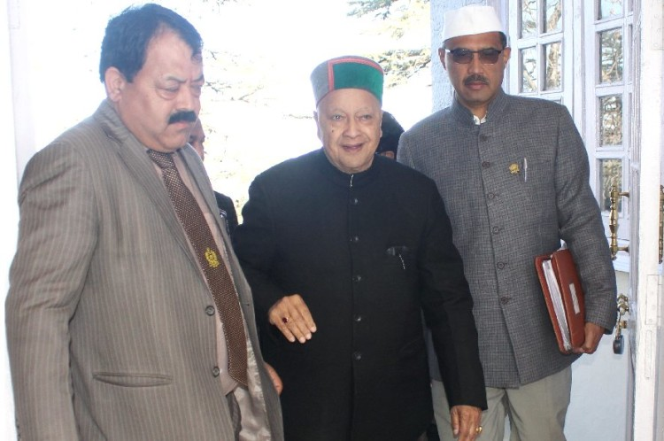 DA Case, CM Virbhadra Singh leave for Delhi.
