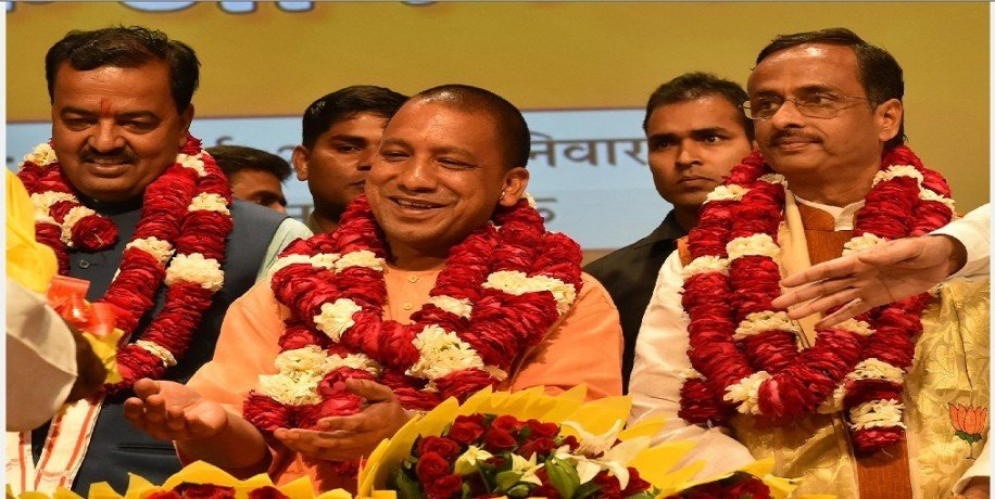 UP : CM Yogi Adityanath and Deputy CM Keshav Prasad Maurya pulls up for Home Department