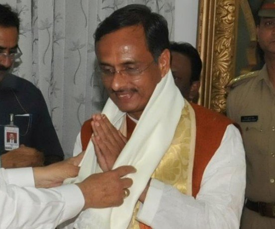 dinesh sharma resigns from mayor post.