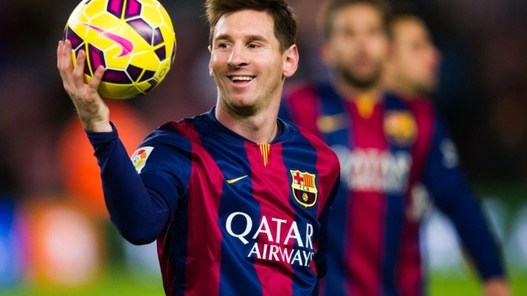 Barcelona forward Lionel Messi signs new deal until 2021