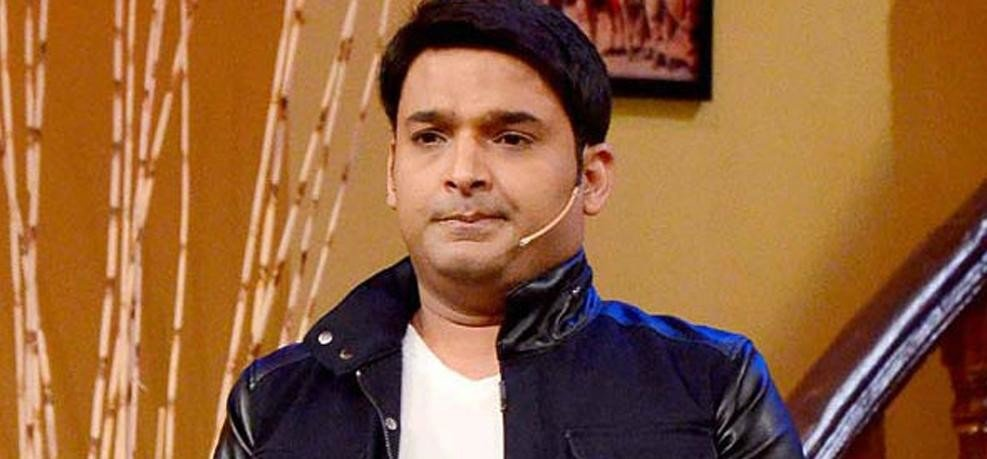 comedian kapil sharma discharged from hospital shared a video on twitter