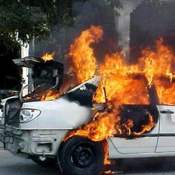 Save your car from flame, know the reason why it happens