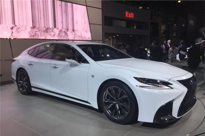 Lexus revealed LS F Sport at New York motor show