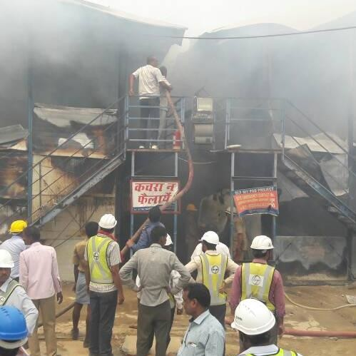 l and t godown caught fire in lucknow