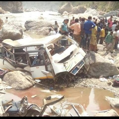 Conductor told how the Himachal bus accident happened