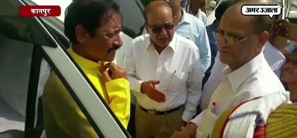 IPLमैच की तैयारी देखने ग्रीन पार्क पहुंचे यूपी के खेल मंत्री