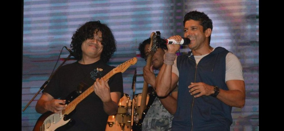 bollywood singer farhan akhtar in graphic era university