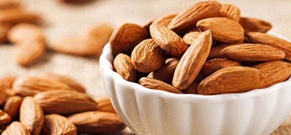 soaked or raw almond which is better for health know here