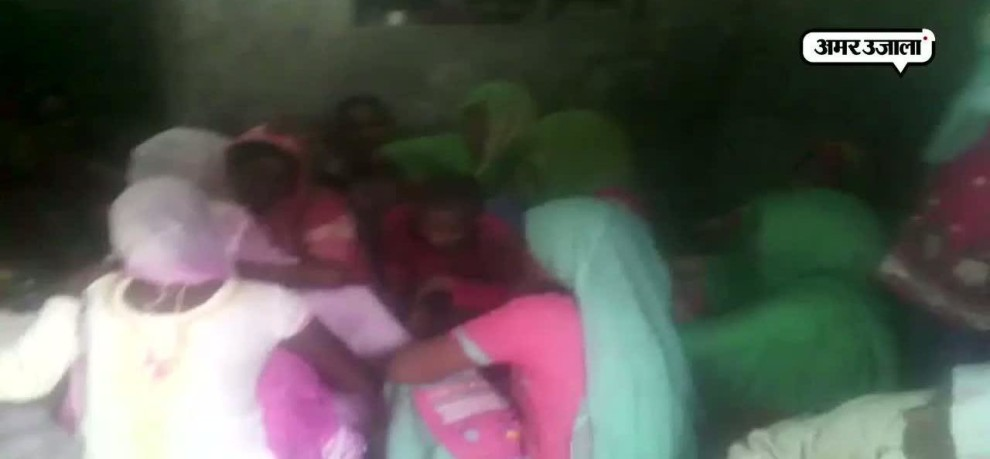 KILLED CRPF JAWANS FAMILY CRYING AND ASKING FOR REVENGE